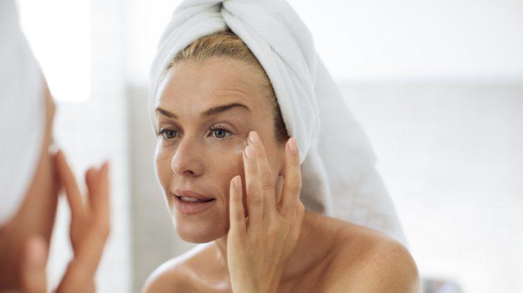 Косметика для проблемной кожи: топ средств по уходу