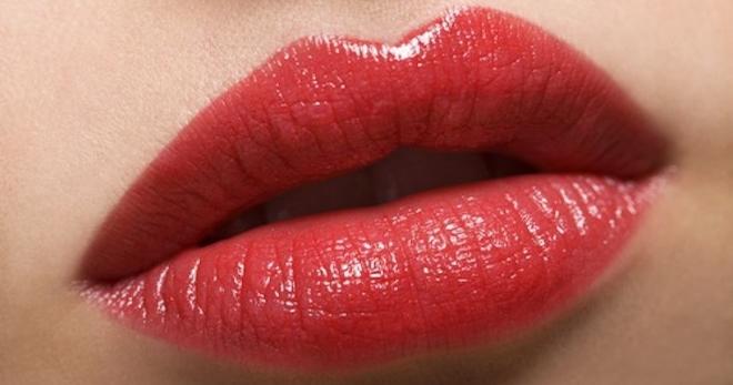 Растрескивание уголков рта — симптомы, причины, лечение