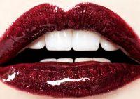 Что сделает женские губы красивыми?