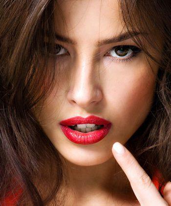 Гигиена макияжа: как правильно ухаживать за кистями и спонжами