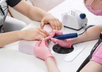 Качественный аппаратный уход за ногтями