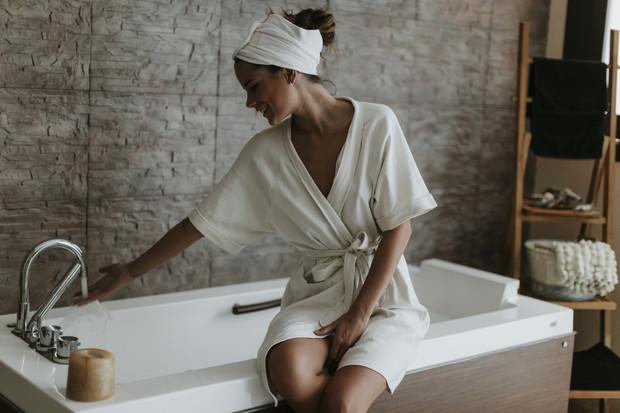 Почему спать без одежды полезно для здоровья