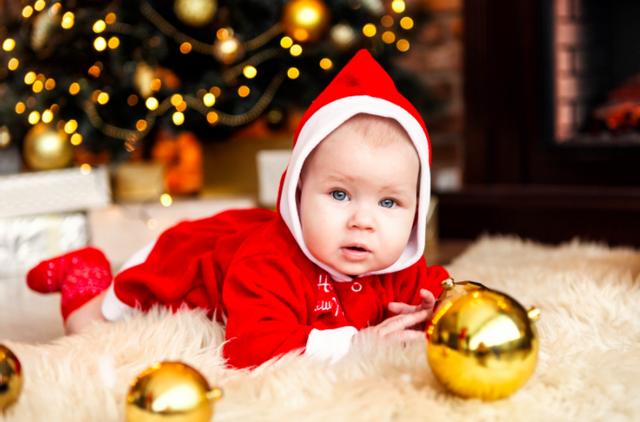 Идеи новогодней фотосессии с маленьким ребенком