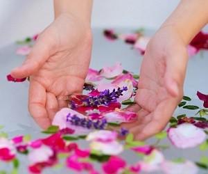 Простые и эффективные рецепты ванночек для кожи рук