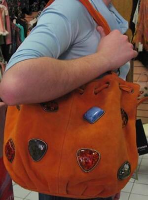 О чём расскажет женская сумка?