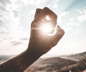 Чем опасно весеннее солнце и как защитить глаза прямо сейчас?