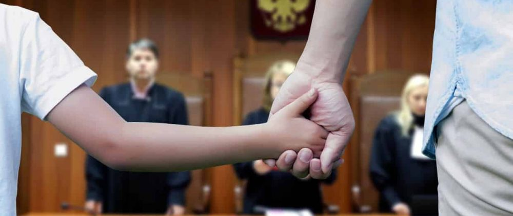 Как установить режим общения с ребенком после развода